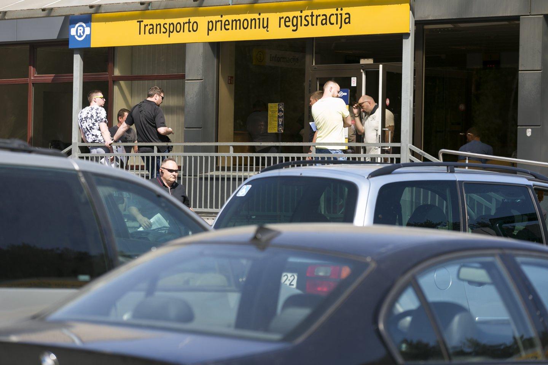 """Antradienį """"Vakarų ekspreso"""" redakcija gavo skaitytojo pranešimą apie sutrikusią """"Regitros"""" internetinės sistemos veiklą.<br>T.Bauro nuotr."""
