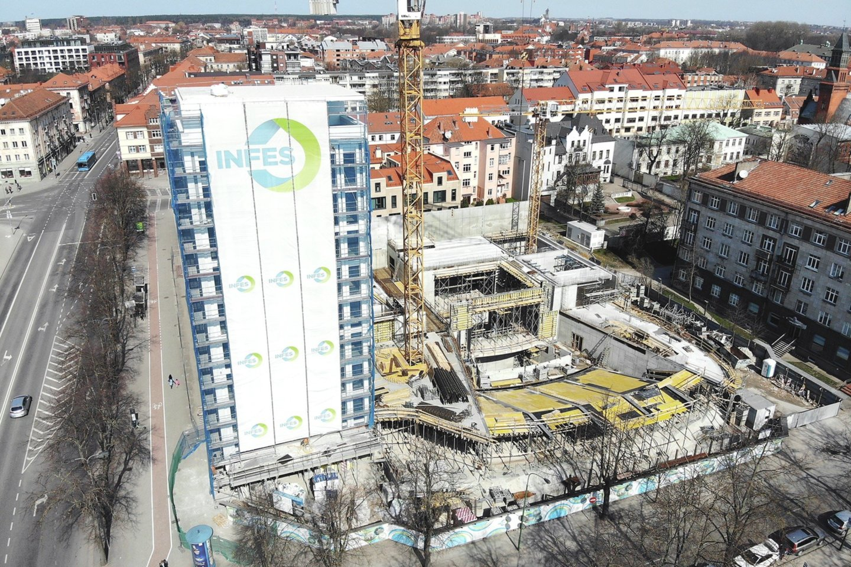 Klaipėdos teatras yra istorinėje vietoje, tad darbai prasidėjo nuo archeologinių tyrimų.