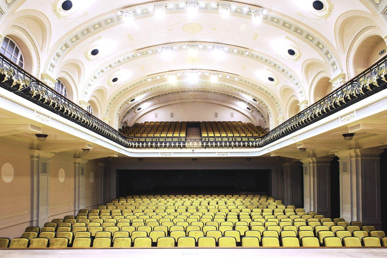 """Vienas svarbiausių """"Infes"""" projektų – Lietuvos nacionalinės filharmonijos Didžiosios salės renovacija."""