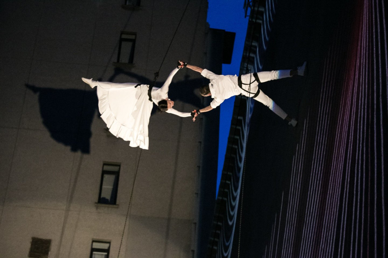 A.Liškauską nerti į naujus vandenis prieš keletą metų pakvietė baleto šokėja ir choreografė I.Briazkalovaitė.<br>Klaipėdos valstybinio muzikinio teatro nuotr.