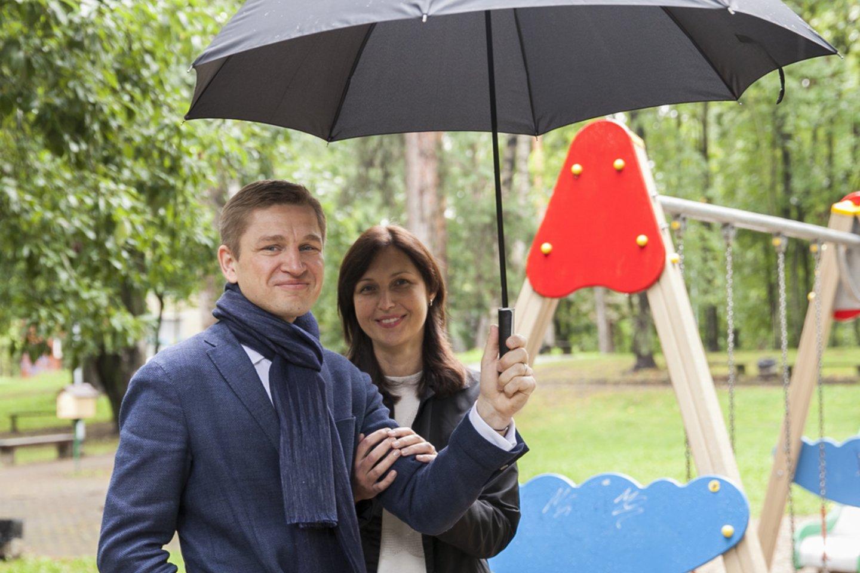 """Marius Čiuželis su žmona Kristina """"Sidabrinės linijos"""" įkūrėjo titulą draugiškai dalijasi.<br>Asmeninio archyvo nuotr."""