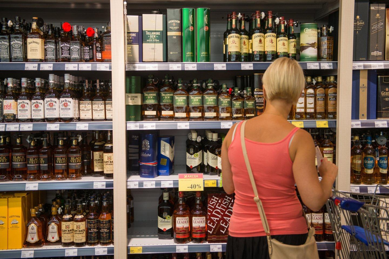 Dėl tiesiogiai su alkoholio vartojimu susijusių ligų pernai mirė 598 žmonės – 42-iem daugiau nei 2019 metais.<br>J.Stacevičiaus nuotr.