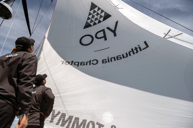 """Lietuvos komanda su """"Ambersail-2"""" jachta taps vieno iš trijų didžiausių buriavimo sporto įvykių dalimi – startuos """"The Ocean Race"""" vardo varžybose aplink Europą.<br>A.Ridikaitės nuotr."""