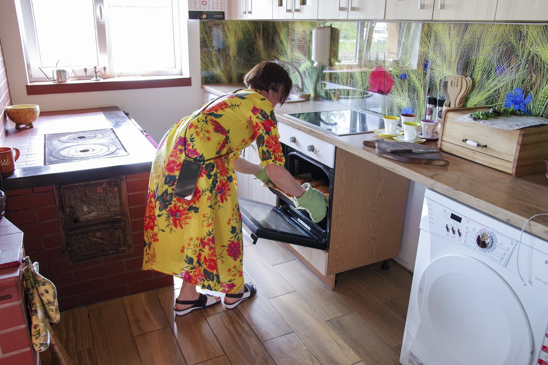 Moteris turi taisyklę – kasmet sugalvoti po naują produktą.<br>V.Ščiavinsko nuotr.