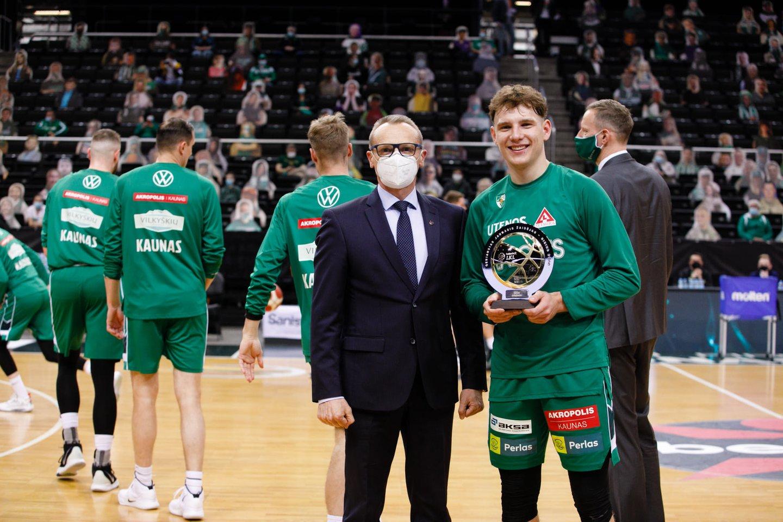 R.Jokubaitis išrinktas geriausiu LKL jaunuoju žaidėju.<br>G.Bitvinsko nuotr.