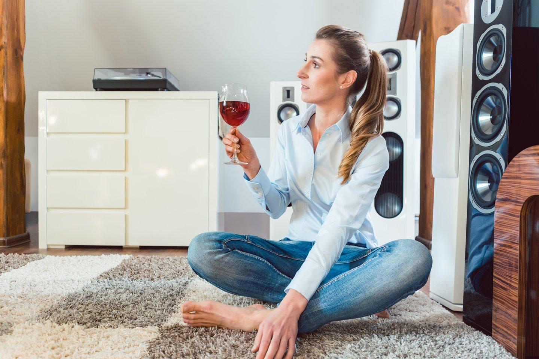Įsišaknijęs įsitikinimas, kad taurelė vyno niekam nepakenks - klaidingas.<br>123rf asociatyvinė nuotr.