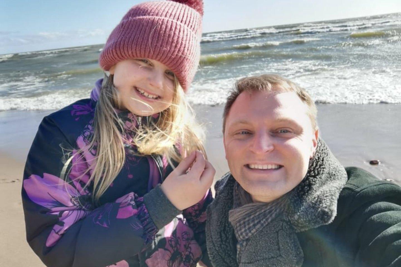 Liudas Mikalauskas su dukra Gintare.<br>Asmeninio albumo nuotr.