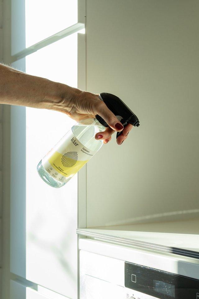 """Visų """"Klar""""produktų sudedamosios dalys sukomponuotas siekiant kuo mažiau bereikalingų chemikalų ir žalos gamtai."""