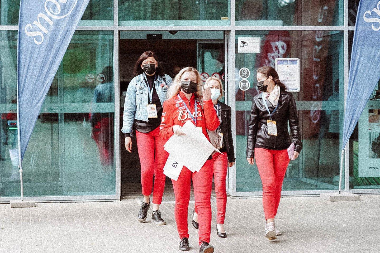 """""""Ladies Go"""" yra numačiusi dar 4 etapus šiais metais SERES Nacionalinėse Vairuojančių moterų varžybose."""