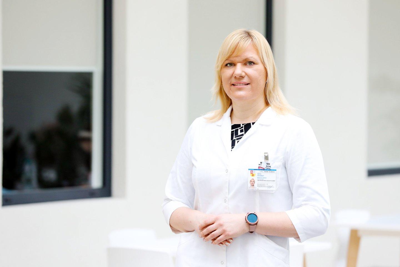 Kauno klinikų Gastroenterologijos klinikos gydytoja dietologė dr. Rūta Petereit sako, kad tiek nėštumo, tiek žindymo laikotarpiais mityba turėtų būti visavertė ir subalansuota.<br>Kauno klinikų nuotr.