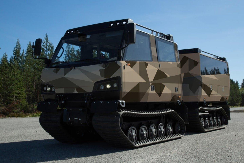 """""""BAE Systems"""" planuoja pristatyti nešarvuotą vikšrinį transporterį """"Beowulf ATV"""""""