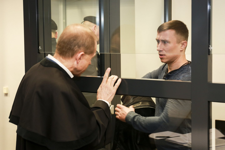 Kauno apygardos teismas ne tik išteisino E.Zapustą, bet ir pripažino, kad Pravieniškių pataisos namuose iš viso nebuvo nusikalstamo susivienijimo.<br>G.Bitvinsko nuotr.