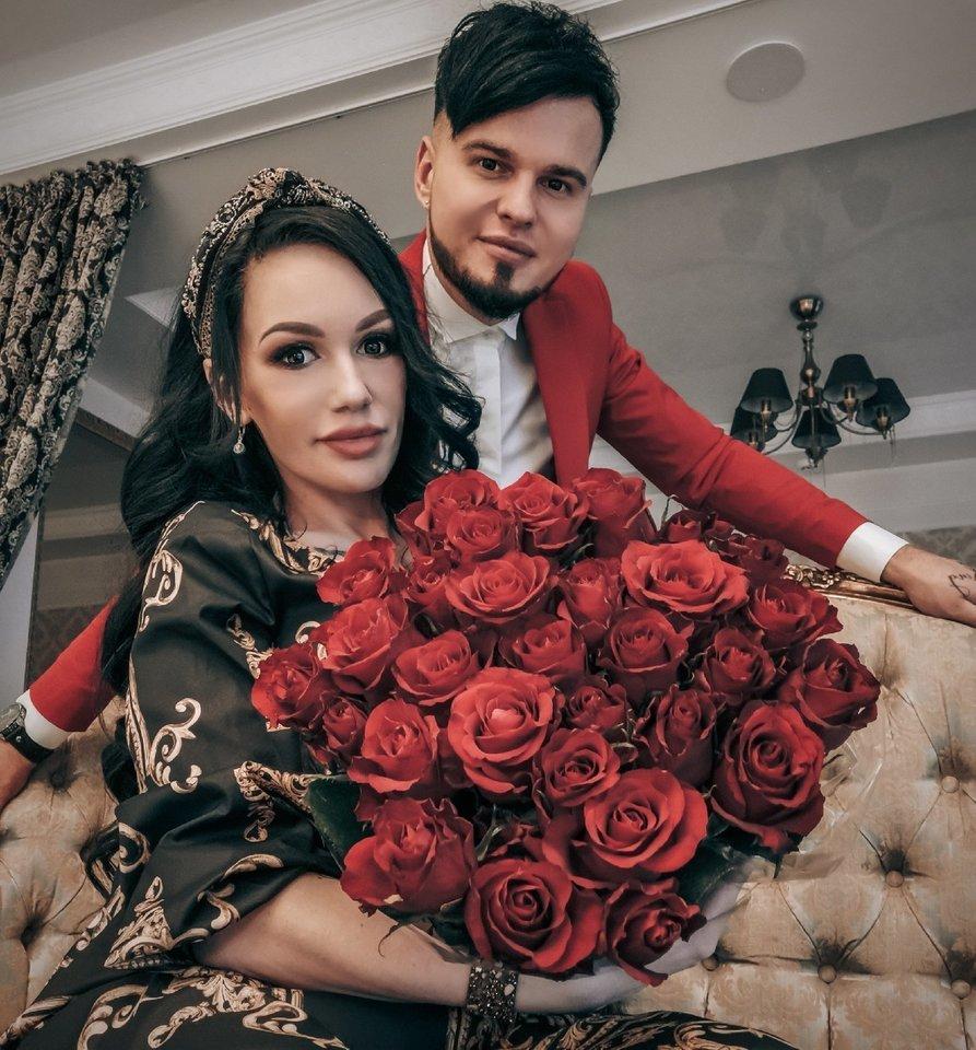 Lietuviškoji Kim Kardashian su vyru Vyteniu.<br>Asmeninio albumo nuotr.