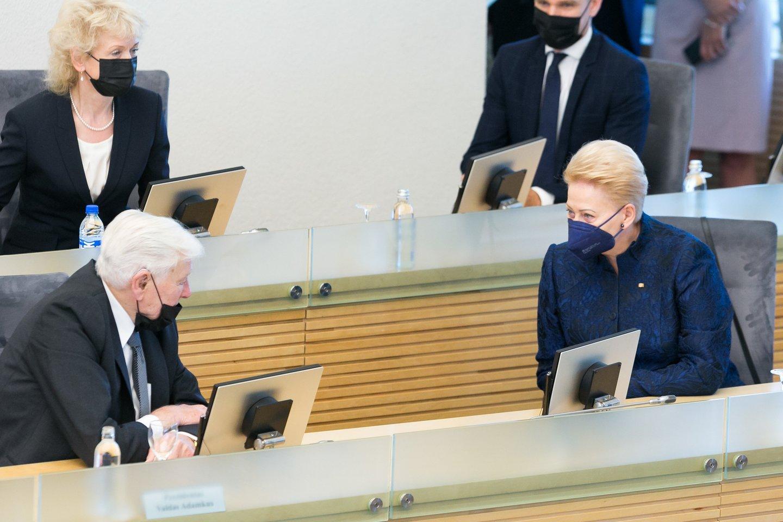 Prezidentai Dalia Grybauskaitė ir Valdas Adamkus<br>T.Bauro nuotr.