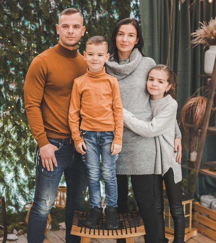 """""""Išgyvenau"""" organizacija, kurią N. Stanevičienė vadina savo kūdikiu, gimė po to, kai jų šeima patyrė skaudų sukrėtimą – tragišką autoavariją.<br>Asmeninio archyvo nuotr."""