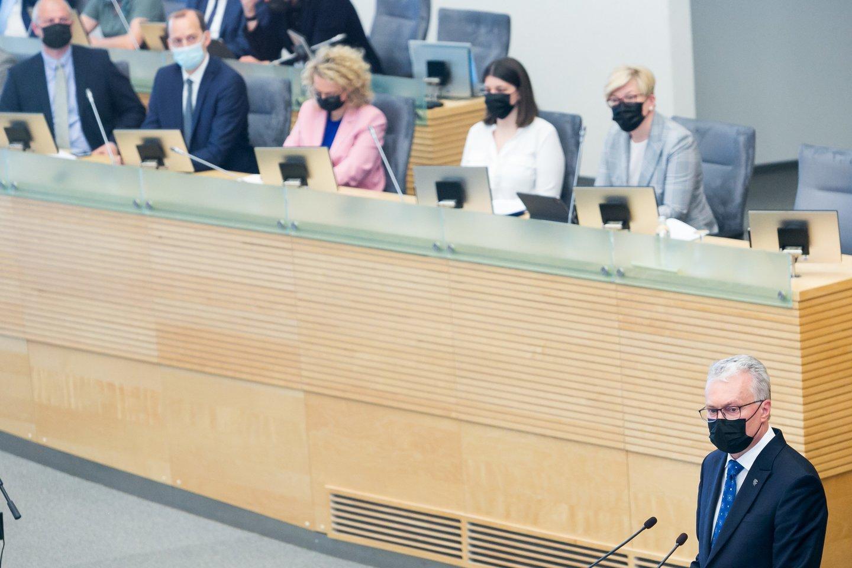 Prezidentas G.Nausėda savo metiniame pranešime išreiškė viltį, kad politinėms partijoms pavyks pasiekti susitarimą dėl švietimo.<br>T.Bauro nuotr.
