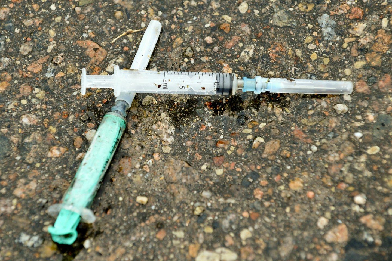 Narkomanai,švirkštai<br>V.Ščiavinsko nuotr.