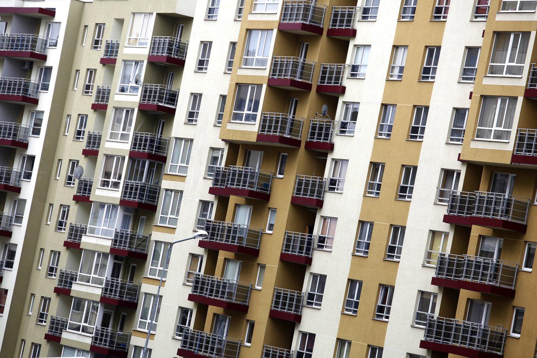 Būsto kainų augimas prasilenkia su gyventojų pajamų augimu.<br>V.Balkūno nuotr.