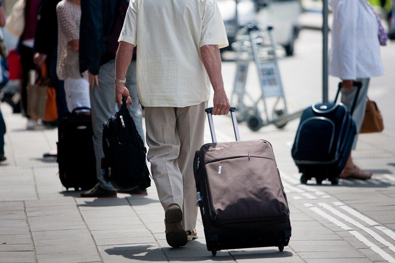 Koronavirusui dar nesitraukiant suplanuoti kelionę į užsienį gali tapti tikru galvos skausmu.<br>J.Stacevičiaus nuotr.