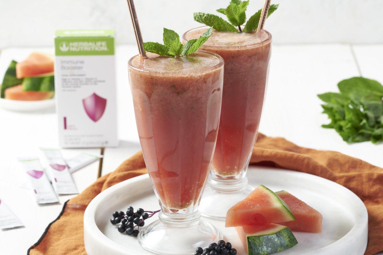 Tokie maisto produktai, kaip vaisiai ir daržovės, yra gausus antioksidantų šaltinis ir gali turėti poveikį imuninei sistemai.