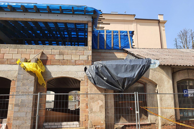 Statybos sąnaudų kainų šuoliai prilygsta cunamiui, gali tekti grąžinti ES lėšas.<br>G.Bitvinsko nuotr.