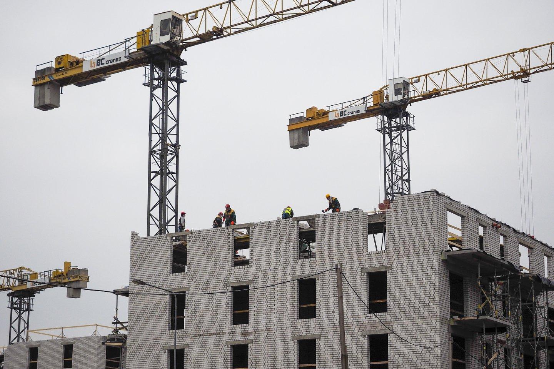 Statybos sąnaudų kainų šuoliai prilygsta cunamiui, gali tekti grąžinti ES lėšas.<br>V.Ščiavinsko nuotr.