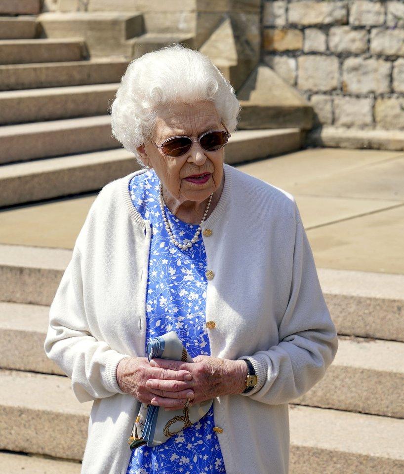 Princo Philipo gimimo dienos proga Elizabeth II jaukiai pagerbė jo atminimą<br>Scanpix/ZP nuotr.