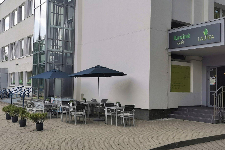 """Konditeriai turi puikias sąlygas Druskininkuose įgyti ir praktinės patirties – dirbti filialo viešbučių ir restoranų sektoriniame praktinio mokymo centre ir mokomojoje kavinėje """"Laurea"""".<br>Profesinio mokymo centro """"Žirmūnai"""" Druskininkų filialo nuotr.."""