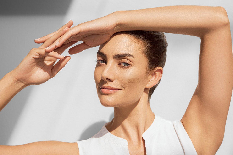 Jau įprasta, kad būnant saulėje būtina teptis priemonėmis, kurios užtikrina apsaugą nuo UVA arba UVB spindulių ir įprastai priemones apsaugančias odą nuo saulės renkamės vertindami apsaugos lygį – SPF.<br>Partnerio nuotr.