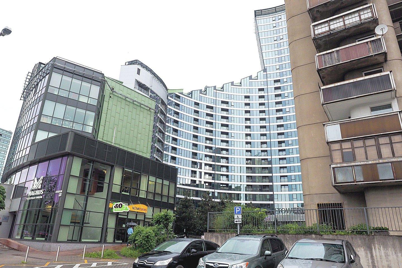 """Teigiama, kad už 76 apartamentus """"Tower"""" dangoraižyje baltarusiai sumokėjo apie 20 mln. eurų. Čia įsikurs informacinių technologijų specialistai.<br>V.Ščiavinsko nuotr."""