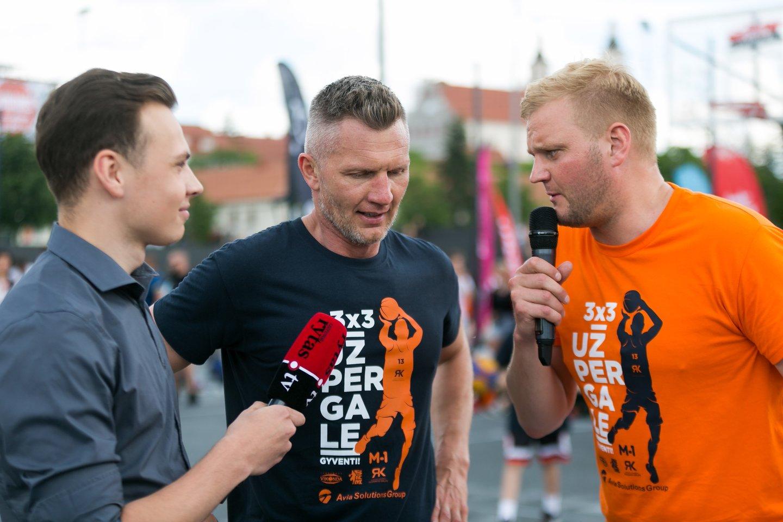 Žinomus krepšininkus kalbino lrytas.lt sporto žurnalistas Tomas Gustas.<br>T.Bauro nuotr.