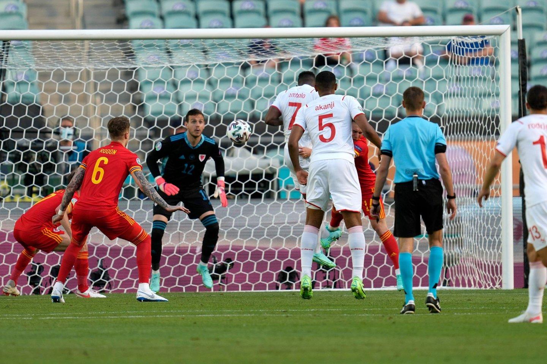 Šveicarijos ir Velso futbolininkų dvikova baigėsi taikiai.<br>AFP/Scanpix nuotr.