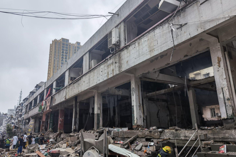 Žuvo mažiausiai 12 žmonių, o daugiau nei šimtas buvo sužeisti, kai gyvenamajame rajone sprogo dujotiekis,<br>ZUMAPRESS.com/Scanpix nuotr.