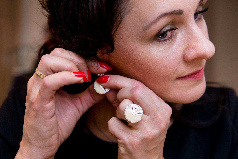 VMI šiuo metu savo žinioje turi 1,9 tūkst. vienetų juvelyrinių gaminių.<br>J.Stacevičiaus asociatyvinuotr.