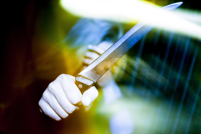 Girta moteris Biržuose peiliu sužalojo taip pat girtą vyriškį.<br>J.Stacevičiaus asociatyvi nuotr.