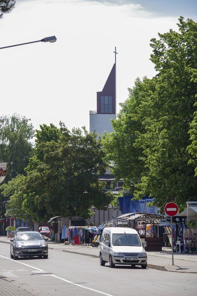 Vasaros sezonas Šventojoje jau įsibėgėjo.<br>V.Ščiavinsko nuotr.