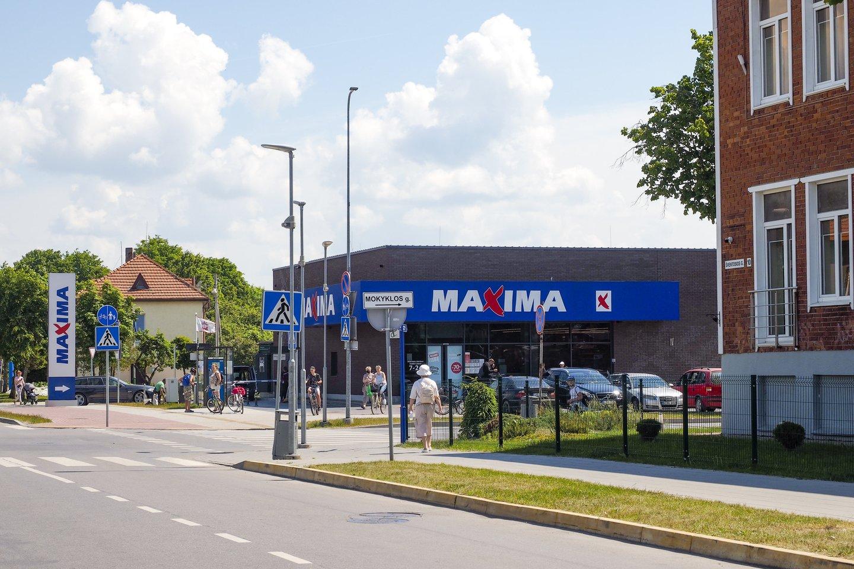 """Miestelio kokybės kartelę pakėlė pernai atidarytas """"Maximos"""" prekybos centras.<br>V.Ščiavinsko nuotr."""
