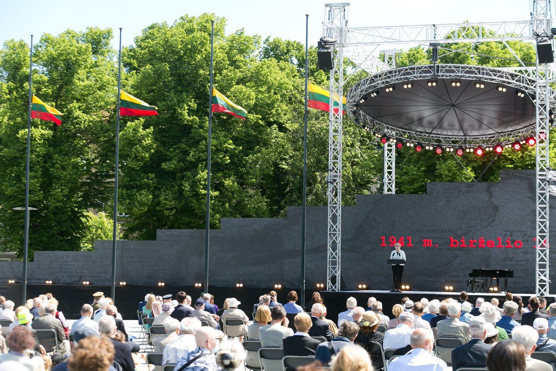 Lietuvoje pirmadienį minima Gedulo ir vilties diena<br>T.Bauro nuotr.