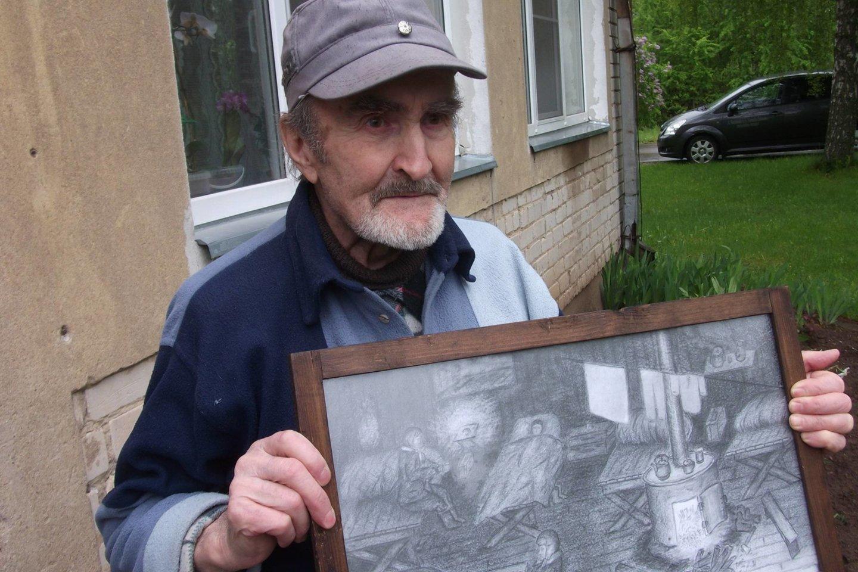 Buvusio 1941 metų birželio tremtinio Alfredo Klimašausko rankose išgyventus vargus liudijantis paveikslas.<br>anyksta.lt nuotr.