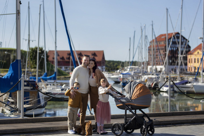 J.Butnorius su šeima.<br>Pr. siuntėjų nuotr.