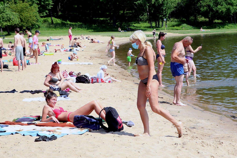 Vasara, paplūdimiai, saulėta, šilta, deginasi, orai<br>M.Patašiaus nuotr.