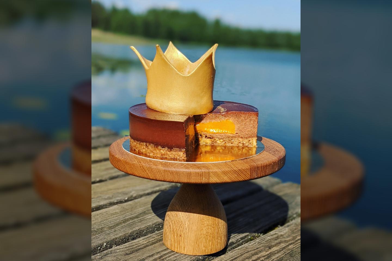 """Jurgitos Skridulienės pagamintas tortas """"Druskininkai – kurortų karalius"""".<br>Pranešimo nuotr."""