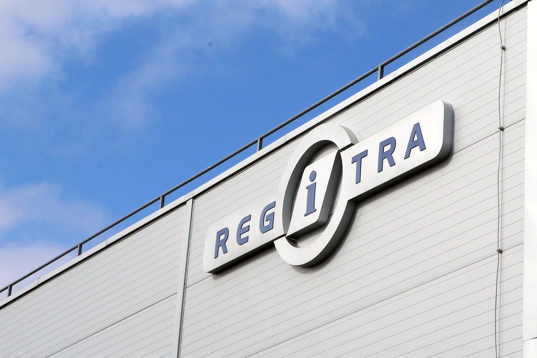 """""""Regitros"""" vadovas iš darbo pasitraukė, tačiau įmonės klientai toliau skundžiasi ilgomis eilėmis.<br>M.Patašiaus nuotr."""