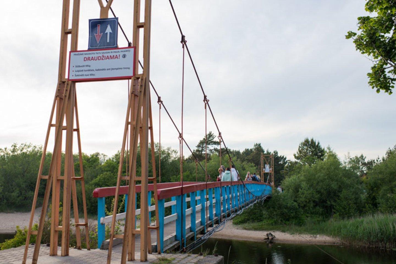 Dar viena Šventosios garsenybė – vadinamasis beždžionių tiltas.<br>V.Jurevičienės/ve.lt nuotr.