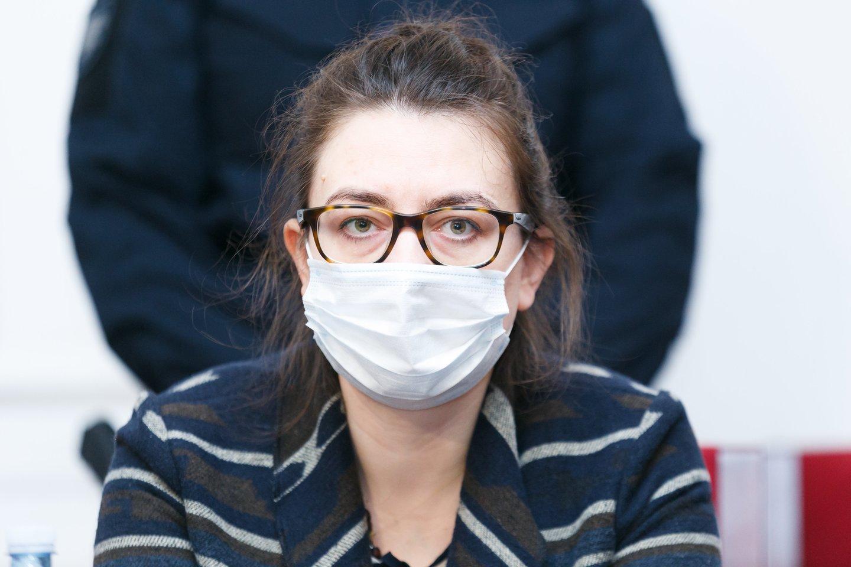 Teisme paaiškėjo, kad I.Žukauskaitė-Šakalienė išvis neturėjo teisės vairuoti automobilį.<br>T.Bauro nuotr.