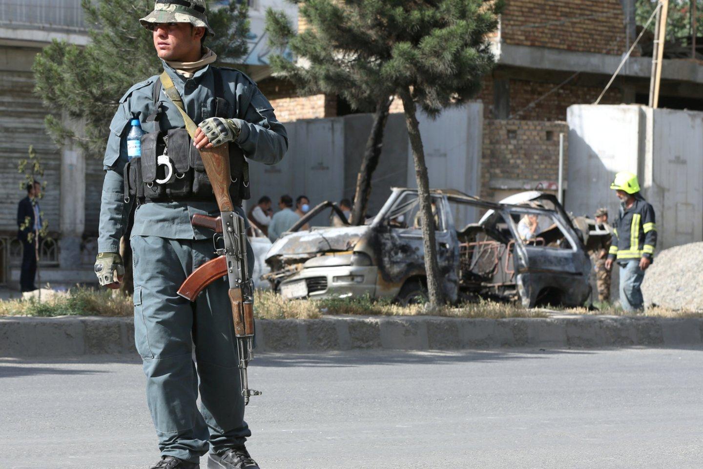 Afganistane nušauti penki nuo poliomielito skiepiję darbuotojai. <br>Reuters/Scanpix nuotr.