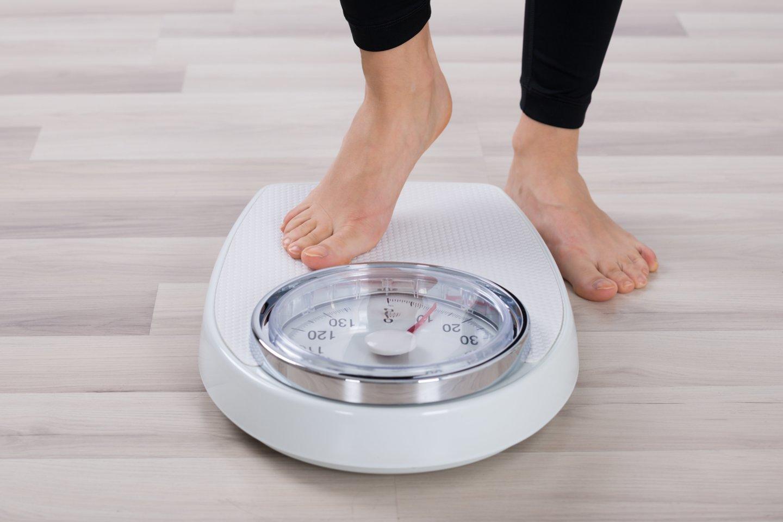 2019 m. pagal kūno masės indeksą (KMI) nutukę buvo 18,9 proc. suaugusiųjų.<br>123rf nuotr.