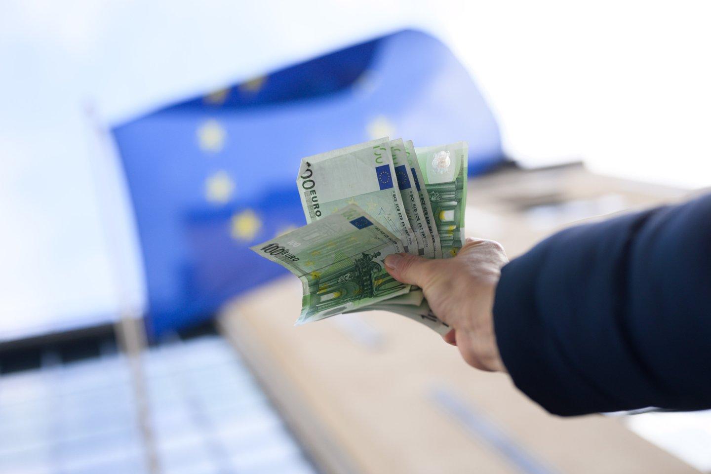 Vyriausybė trečiadienį posėdyje pritarė patobulintam 2021 metų biudžeto projektui, jis teikiamas Seimui.<br>V.Skaraičio nuotr.