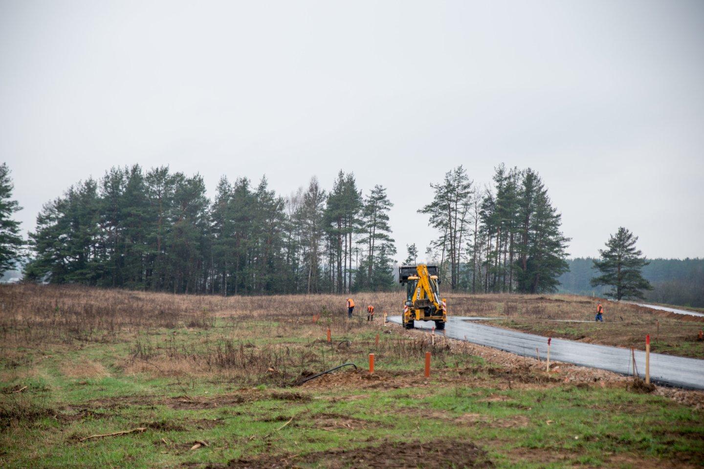 Šalyje apleistų žemių plotas ir toliau stabiliai mažėja.<br>V.Ščiavinsko nuotr.