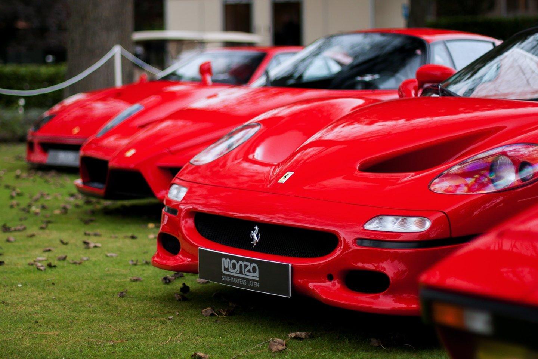 """""""Ferrari"""" kompanija po pusės metų pertraukos susirado sau tinkamą vadovą.<br>www.unsplash.com nuotr."""